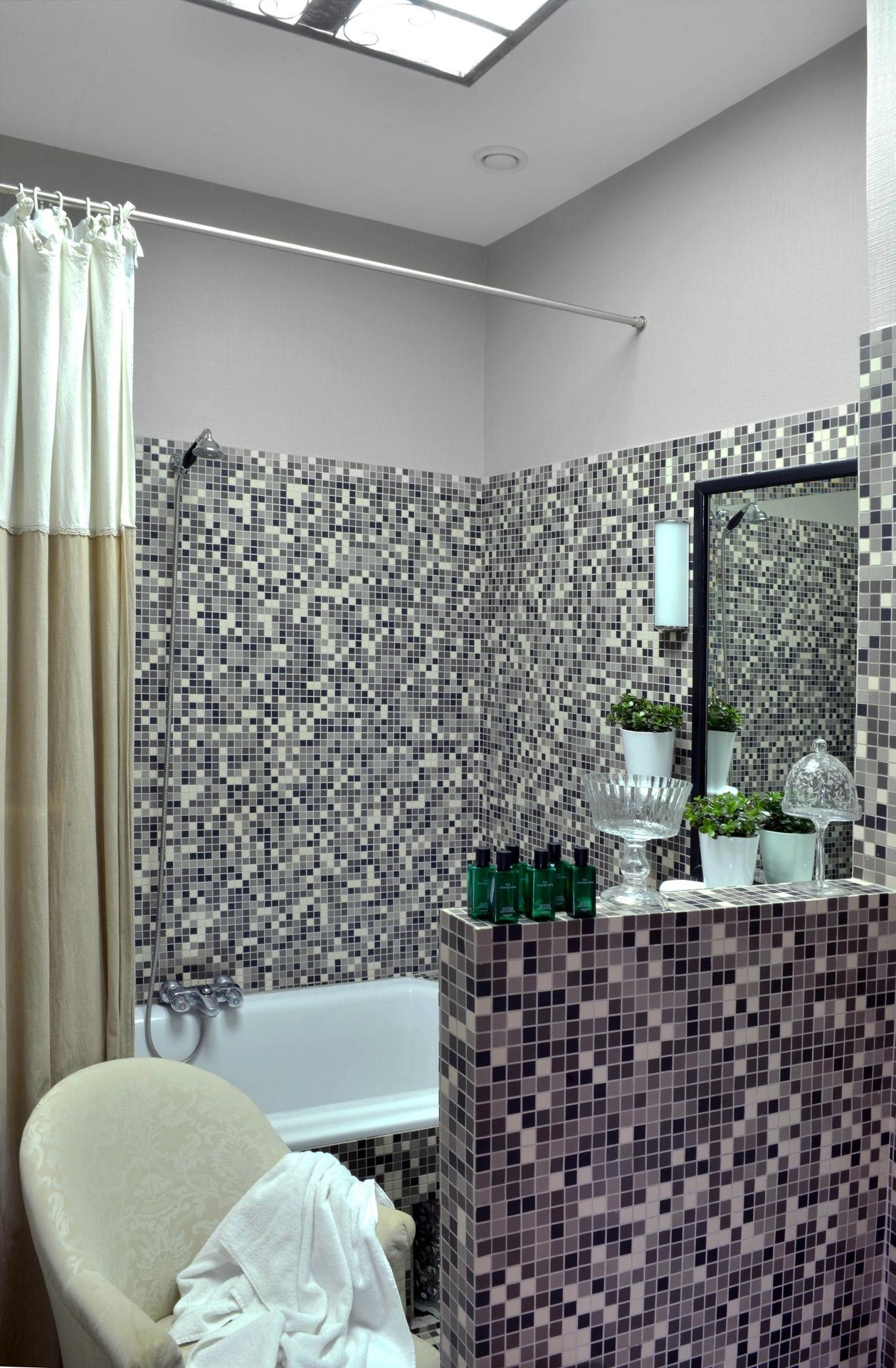 Salle De Bain Shower Curtain ~ salle de bain julio co